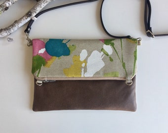 Floral & Vegan Fold Over Bag  // Crossbody Purse // Fold Over Purse // Crossbody Bag // Shoulder Bag // Vegan // Purse