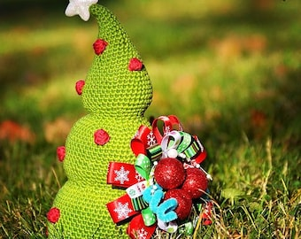 Crochet Christmas Tree - crochet pattern, DIY