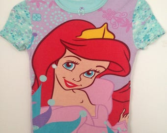 Vintage 90s Animated Movie Film Disney Ariel Mermaid Top T Shirt Blouse Fitted Top Size 10/XS