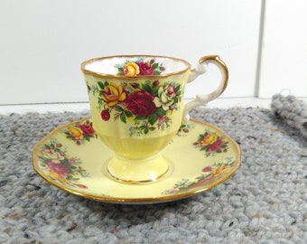 Rosina Fine Bone China Made in England Tea Cup Saucer Yellow Floral Gold Trim