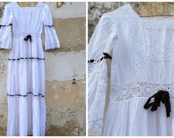 Vintage 1970/70s Mexican wedding dress white cotton and lace /brown velvet ribbons   size XS