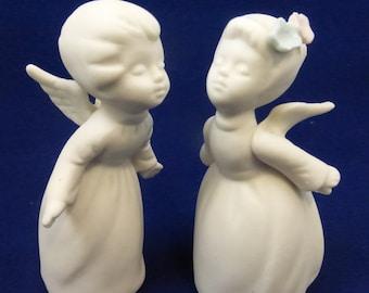 Vintage Mid Century Napcoware White Bisque Kissing Angels