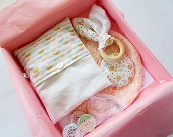 My Birth Box: coral birth gift box