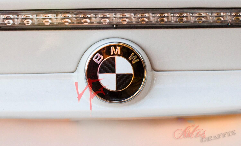 Carbon Fiber Black Roundel Emblem Badge Overlay Decal Sticker