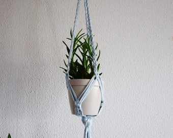 For braided macrame plant hanger / Macrame hanging plant