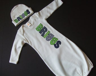 Personalized Baby Gown, Hat or Bib / Appliqued Baby Bodysuit - Coming Home Outfit - Baby Shower Gift - Baby Name Outfit - Baby Boy or Girl