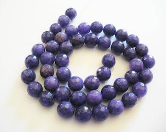 47 Perles de jade a facettes 8 mm