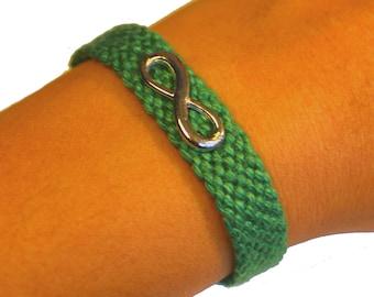 """Cuff friendship bracelet, model """"Infinity"""", green"""
