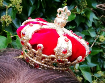 Miniature crown fascinator, queen of hearts crown, Alice in Wonderland crown fascinator, red and gold mini crown, prom hair accessory