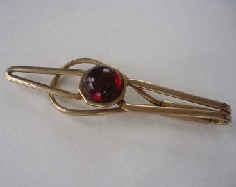 Hadley Red Stone Tie Clip