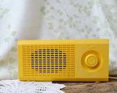 Sunny yellow Vintage Radio works!