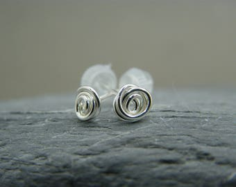 Earrings gift for best friend ~ Bridesmaid gift ideas earrings ~ Small stud earrings ~ Tiny stud earrings ~ Silver stud earrings ~ Gift ~