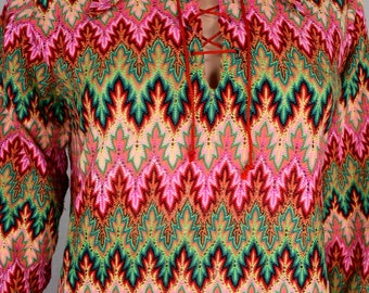 Vintage 1960's Women's FLAME KNIT Psychedelic Neon HiPPiE MOD Knit Laced Shirt Top Size M