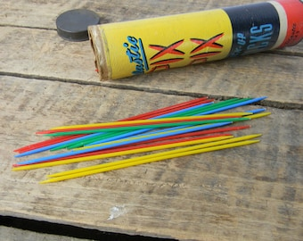 Pix Pix Pick Up Sticks Vintage Game / Toy