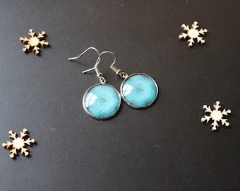 Blue earring, glass cabochon