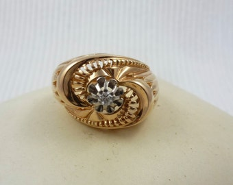 French 1940s 18ct gold ring with diamond