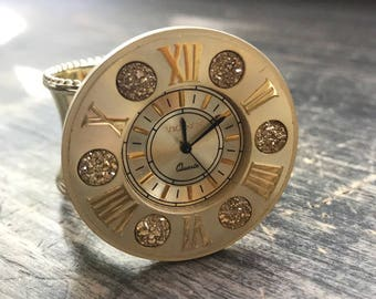 Napkin Ring with Vintage Time Piece