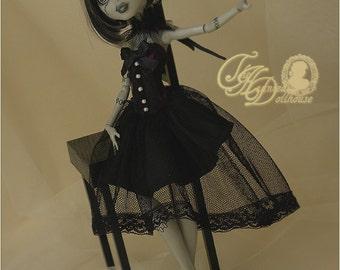 Monster High Black Elegant Gothic with tulle collar corset dress set