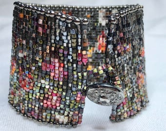 Hand Woven Beaded Bracelet - Abstract Floral