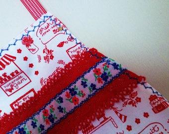 Handmade aprons with cotton fabrics