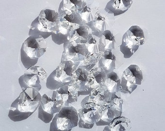 100x 14mm octagon crystal suncatcher beads 1 hole CLEAR. Used for making suncatchers, chandelier repair, jewellery rainbow craft prisms