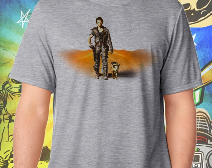 "The Road Warrior / Mad Max 2 / Mel Gibson's Mad Max and ""Dog"" / Men's Gray Performance T-Shirt"