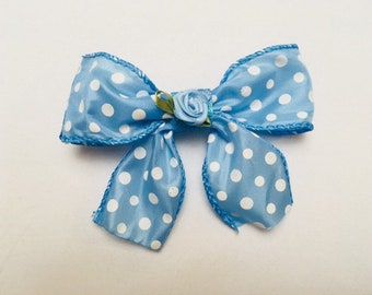 Kawaii blue spring time bows!!