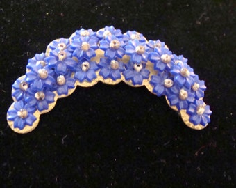 Vintage Forget Me Nots Brooch - crescent shaped Sewn on Blue Flowers  Forgetmenots