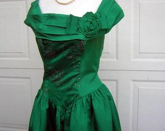 Green Party Dress Swishy Vintage 80s - Boned Bodice Sparkle & Built in Crinoline Petticoat - Size 10