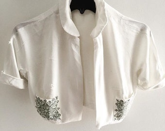 Cropped cotton pique jacket with pretty pockets