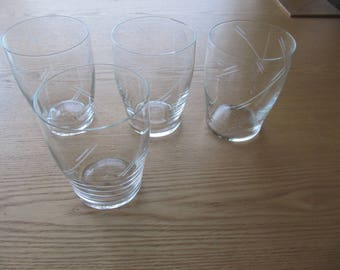 Set of 4 vintage glasses