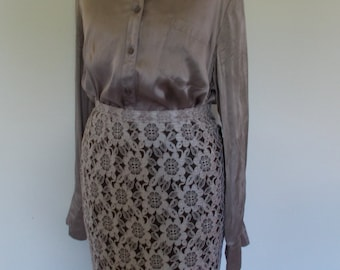 Vintage skirt 50s 60s coffee and cream coloured floral lace pencil skirt size extra small XS