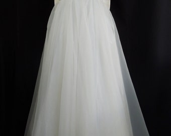 1960's Tank Style Gown with Back Bow Detail