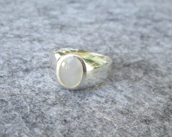 Mother of Pearl ring 925 Silver, size 56, mother of Pearl sterling silver ring, size 7.6, vintage silver ring, Silverring, mother of Pearl ring