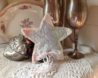 Quilted star Christmas tree topper