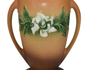 Roseville Pottery Gardenia Tan Vase 686-10