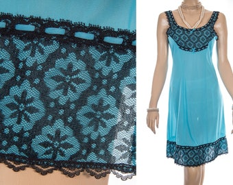 Vibrant silky soft sheer kingfisher blue nylon and delicate sexy black lace bodice and hem detail 1960's vintage full slip petticoat - S316