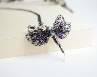 Dragonfly Necklace with Beaded Wings, Dragonfly Pendant, Black Winged Dragonfly, Crocheted Dragonfly Necklace, Symbol of Change & Maturity