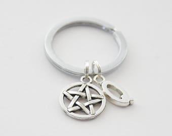 Halloween Keychain, Pentagram Keychain, Pentagram Key ring, Pentagram Accessories, Star Keychain, Goth Keychain