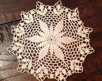 Diameter 16cm, crochet, cotton, white lace doily