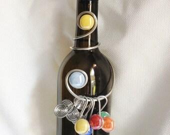 Wine Bottle Stopper/Charm Set #1, Wine Bottle Decor, Wine Glass Charms, Beaded Stopper, Bar Decor, Wine Bottle Dress, wine charms