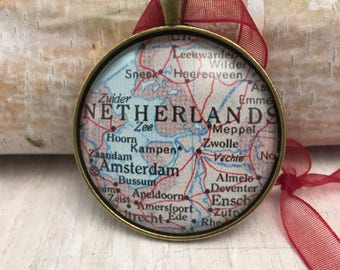 NETHERLANDS Christmas Ornament, Keep a memory Alive / HONEYMOON Gift / Wedding Map Gift / Travel Tree Ornament / Corporate gift