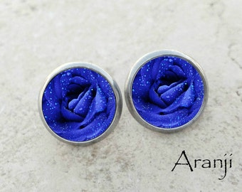 Blue rose earrings, rose earrings, bright blue rose earrings, rose stud earrings, blue rose, blue flower earrings, PL102E