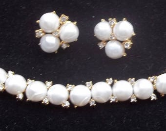 TRIFARI Vintage Bracelet & Earrings Beautiful Creamy Pearl Cabochons Ice Rhinestones