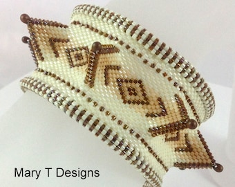 Bailey - A Beadwoven Bangle Bracelet...