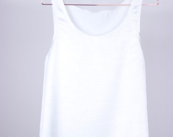 White summer top - xs