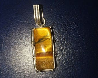 Tigers eye and sterling silver pendant