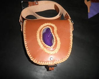 Shoulder bag with purple agate