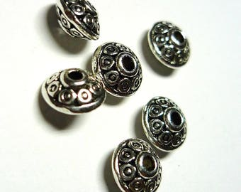 Set of 6 silver plated 6mm beads