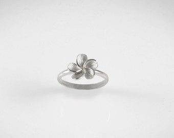 Tiare flower - silver ring